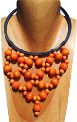 Collier Original Orange Plastron Perles Rondes en Bois